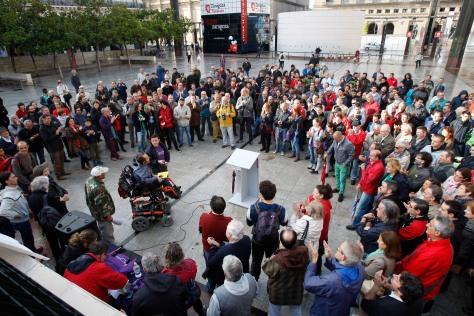 ASAMBLEA DE PODEMOS EN LA PLAZA DEL PILAR CON LA PARTICIPACION DE PABLO ECHENIQUE, RECIEN ELEGIDO DIPUTADO EN LAS ELECCIONES AL PARLAMENTO EUROPEO.